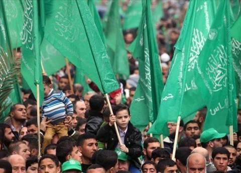 حماس: سنشطُب شرعية الرئيس ان فرض حصارا على غزة