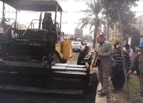 بالصور| بدء أعمال الرصف بشارع صبري القاضي غرب كفر الشيخ
