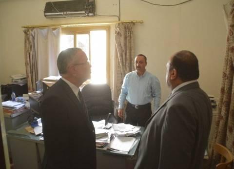"""محافظ المنيا يتفقد مبنى مشروع المحاجر في """"أبوفليو"""""""