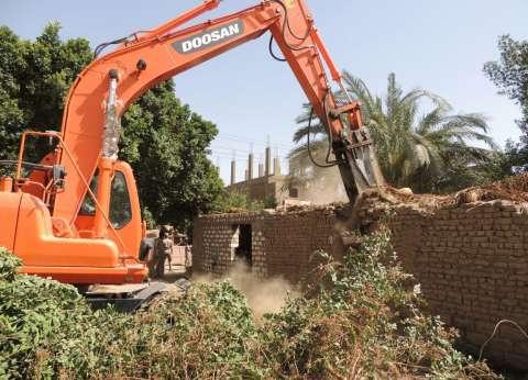 إزالة 43 حالة تعد على الأراضى الزراعية في كفر الشيخ