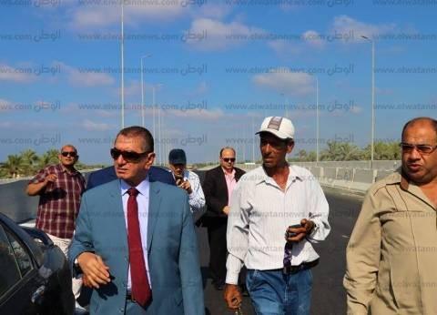 بالصور  محافظ كفر الشيخ يتابع التشغيل التجريبي لكوبري البرلس العلوي