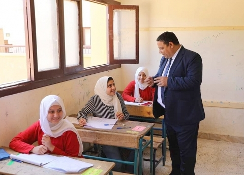 """""""تعليم الوادي الجديد"""": غياب 22 طالبا عن امتحانات الشهادة الإعدادية"""