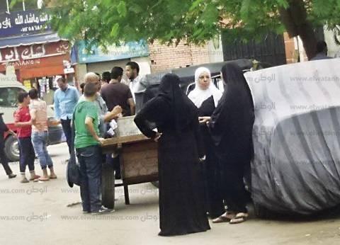 مشادة كلامية بين سيدات وأنصار مرشح بالمقطم لاختلافهم على ثمن الصوت