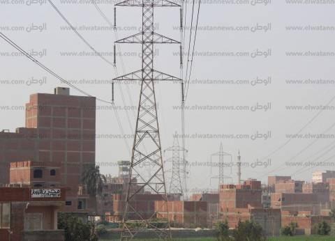 المعتمدية.. أسلاك الكهرباء تخترق الشوارع.. كانت هنا «قرية»
