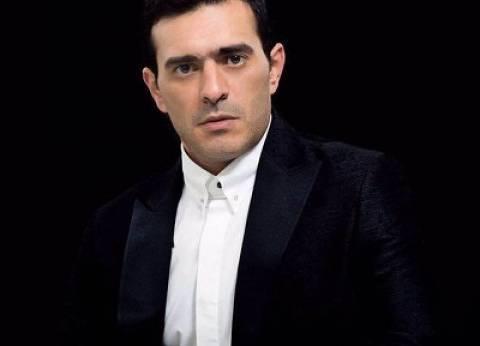 """المحامي طارق جميل يعلن زواجه من منة حسين فهمي: """"حب حياتي من 20 سنة"""""""