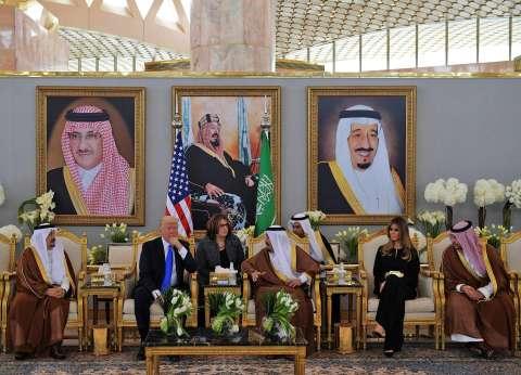 بدء أعمال القمة السعودية-الأمريكية بحضور الملك سلمان وترامب