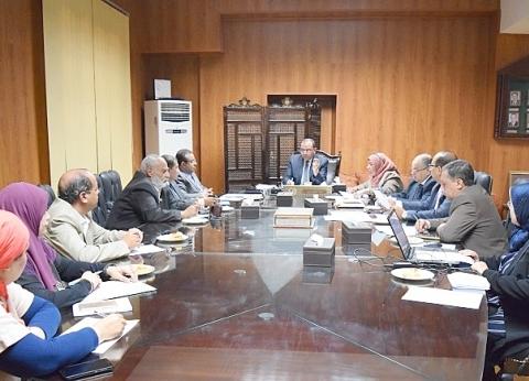 رئيس جامعة بني سويف: خطة تطوير شاملة للشعب والبرامج الجديدة
