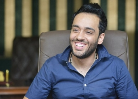 """هشام عباس عن البداية الفنية لرامي جمال: """"لحن لفضل شاكر"""""""