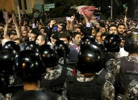 إضراب في الأردن بعد احتجاجات ليلية جديدة ضد قانون ضريبة الدخل
