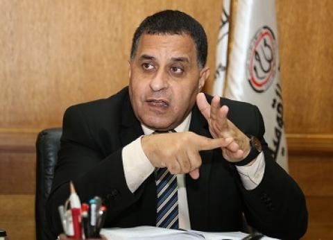 """مصدر: رئيس """"السكة الحديد"""" يباشر عمله بمكتبه بعد حريق محطة مصر"""