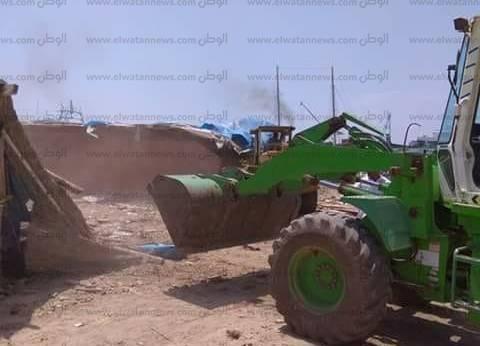 إزالة 6 حالات تعد على الأراضي الزراعية بالحسينية في الشرقية