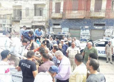 """""""تموين السويس"""" توزع 3 أطنان سكر على قرى شباب الخريجين"""