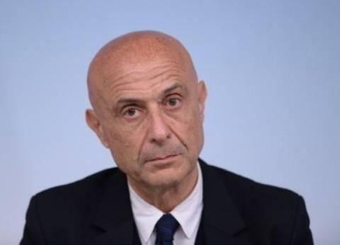 """سالفيني يهدد بإعادة """"مهاجرين عالقين"""" قبالة لامبيدوزا إلى ليبيا"""