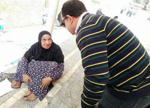 التدخل السريع ينقذ مسنة بلا مأوى أمام مسجد الحسين
