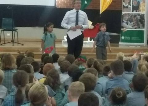 تعليم أستراليا: 3 وجبات يومية والتلاميذ ينهون واجباتهم قبل العودة للمنزل