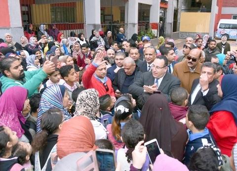 غدا.. محافظ الإسكندرية يشهد توزيع التابلت بمدرسة في سموحة