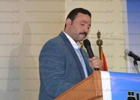 """نائب ينتقد تغيب طارق شوقي عن اجتماع اللجنة: """"اللي بيعملوا غير آدمي"""""""
