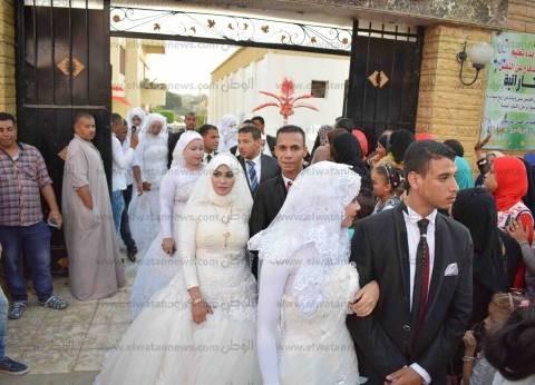 """""""الأورمان"""" تحتفل بزفاف 10 عرائس وتسليم شيكات لـ68 عريسا في كفر الشيخ"""