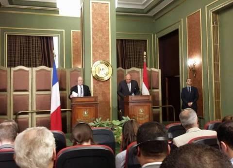 وزير الخارجية الفرنسي يطلع شكري على نتائج زيارته إلى ليبيا