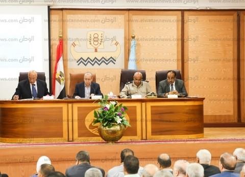 إقامة 3 نقاط شرطية وزيادة رسوم دخول السيارات لسوق الجملة في كفر الشيخ