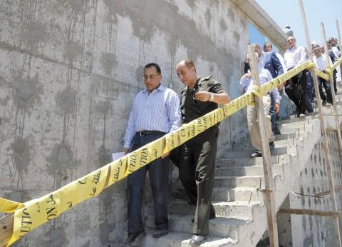وزير الإسكان يضع حجر الأساس لمحطة تحلية مياه البحر غرب بورسعيد