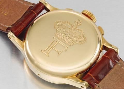 بعد غرفة النوم الملكية.. عرض ساعة ذهبية تخص الملك فاروق بمزاد في دبي