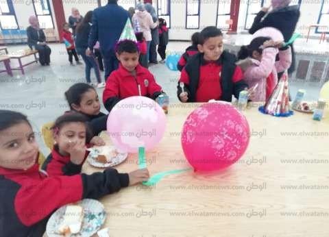 صور.. مدارس جنوب سيناء تستقبل التلاميذ بالبالونات والبرامج الترفيهية
