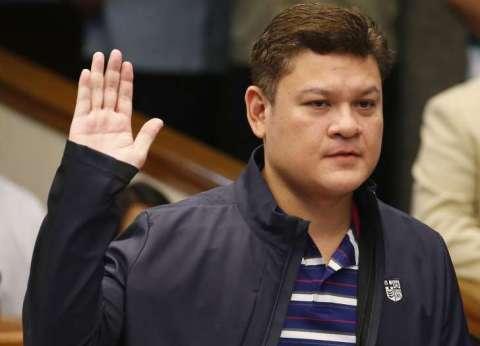 الرئيس الفلبيني بين تهديده بذبح تجار المخدرات وإتهام نجله بالاتجار فيه