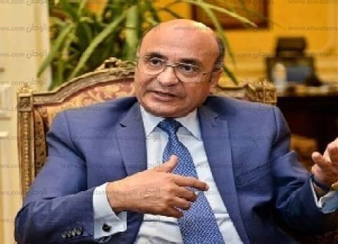 """وزير شؤون مجلس النواب يدلي بصوته في """"استفتاء الدستور"""""""
