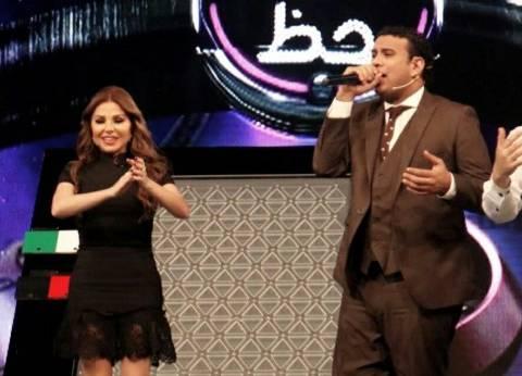 """محمود الليثي في ضيافة رزان مغربي في """"ضربة حظ"""" غدا"""