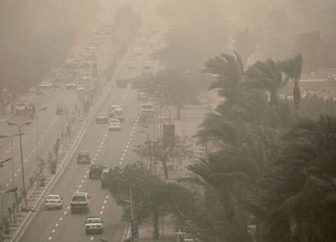 إغلاق مينائي السويس والزيتيات لسوء الأحوال الجوية