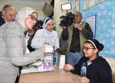 """هالة زايد عن حملة القضاء على """"الديدان"""": نستهدف الحفاظ على صحة المصريين"""
