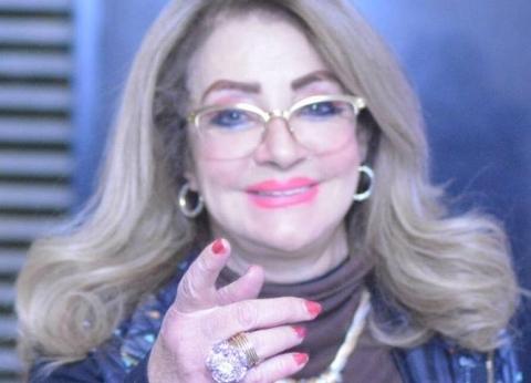 شهيرة تظهر من جديد بدون حجاب في عيد ميلاد فاروق الفيشاوي
