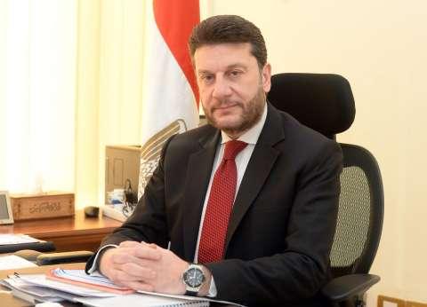 أسرار استقالة نائب وزير المالية للسياسيات الضريبية
