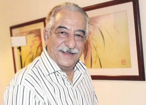 عاجل| وصول جثمان الفنان أحمد راتب إلى مسجد الحصري