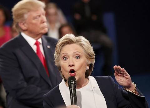 """ترامب يثير الجدل بتغريدته حول علاقة هيلاري كلينتون بـ""""فيسبوك"""""""
