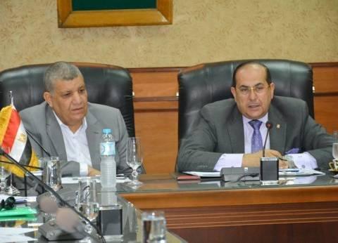 محافظ سوهاج يشكل لجنة لبحث القبول في المدارس الخاصة بطما