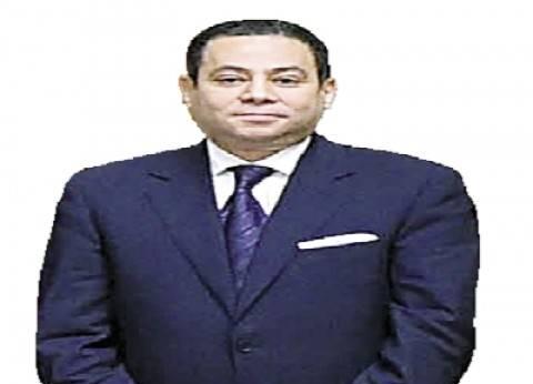 """وزير """"قطاع الأعمال"""": القيمة السوقية لـ""""أبل"""" 25 ضعف البورصة المصرية"""