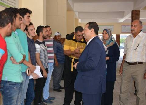 رئيس جامعة بورسعيد يتفقد استعدادها لاستقبال العام الدراسي الجديد
