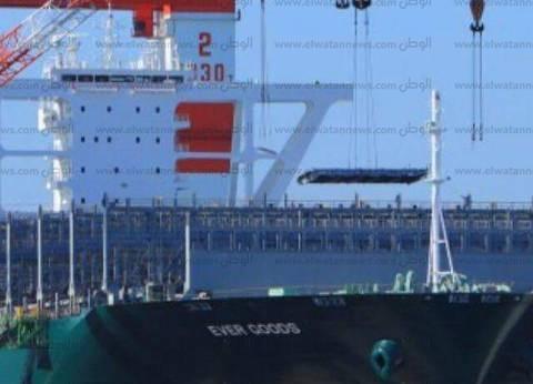 تفريغ 7103 أطنان حديد بميناء بورسعيد من المستخدم في حقل ظهر