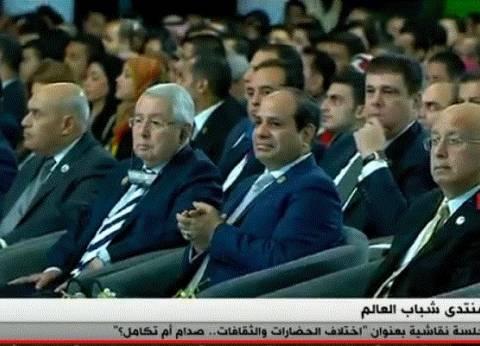 """السيسي: """"المصريين كانوا عايشين في ظروف متليقش بيهم"""""""