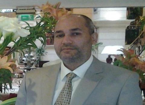 """فضحه عماد أبو هاشم.. أيمن الورداني حكاية قاض تخصص في """"صواني المحشي"""""""