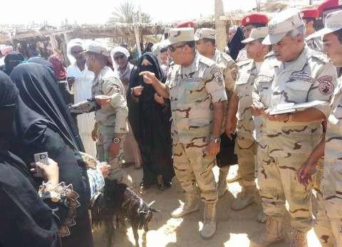 قائد الجيش الثالث الميداني يتفقد اللجان الانتخابية في السويس