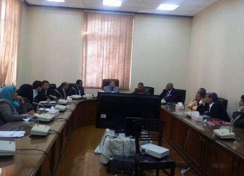 رئيس جامعة بنها يلتقي نادي أعضاء هيئة التدريس