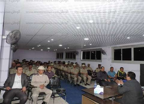 بالصور| مدير أمن كفر الشيخ يلتقي الضباط والأفراد بمركز تدريب شرطة سخا