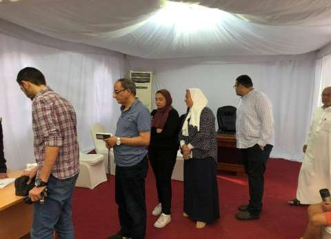 السفير المصري بأبوظبي يشيد بتعاون السلطات الإماراتية لتسهيل الاقتراع