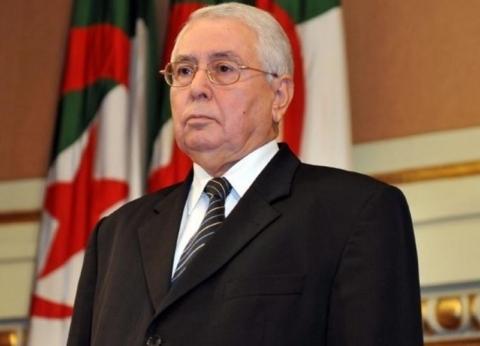 """ما دستورية تمثيل رئيس مجلس الأمة الجزائري في القمة العربية بـ""""تونس""""؟"""