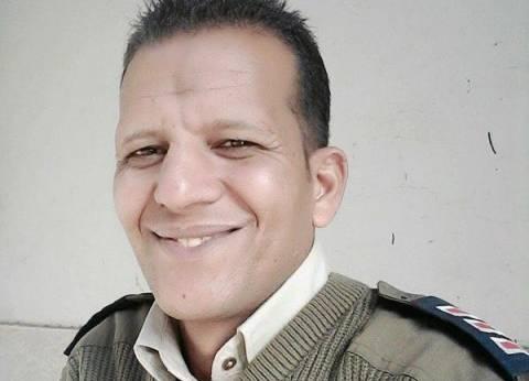 بطولة أمين شرطة تنقذ سيدة من الموت أسفل عجلات قطار.. ومطالبات بتكريمه