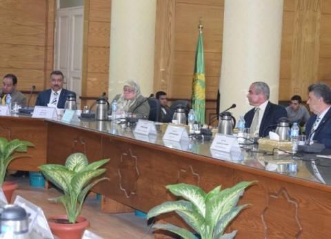 مجلس قيادات جامعة بنها يستعرض رؤية أعضاء هيئة التدريس لتطوير التعليم