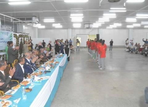 محافظ المنيا يشهد حفل تخرج الدفعة الأولى لطلاب مدرسة العناني الزراعية